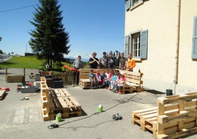 Bau von Palettenmöbeln